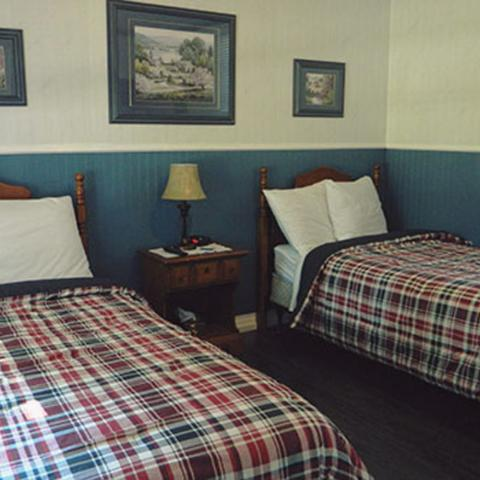 Carleton Inn & Cottages in Bridgetown, NS